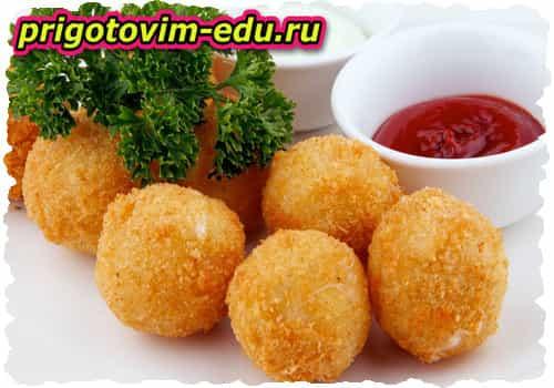 Сырные шарики со шпинатом