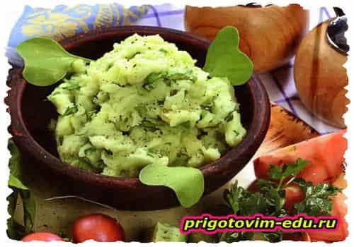 Картофельное пюре с зеленью и ботвой