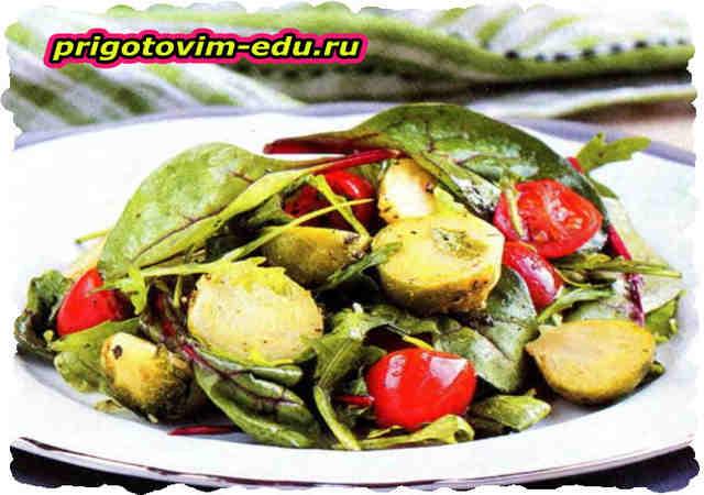 Салат из брюссельской капусты с помидорами