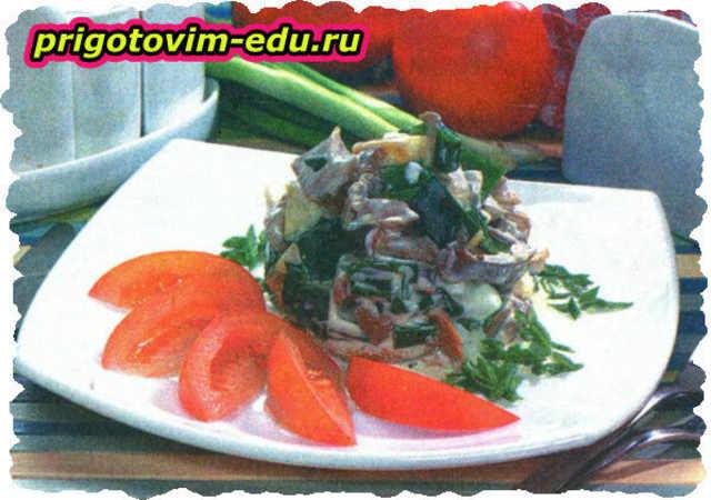 Салат из грибов с хреном и яйцами