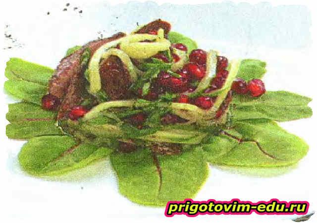 Салат из печени с гранатом