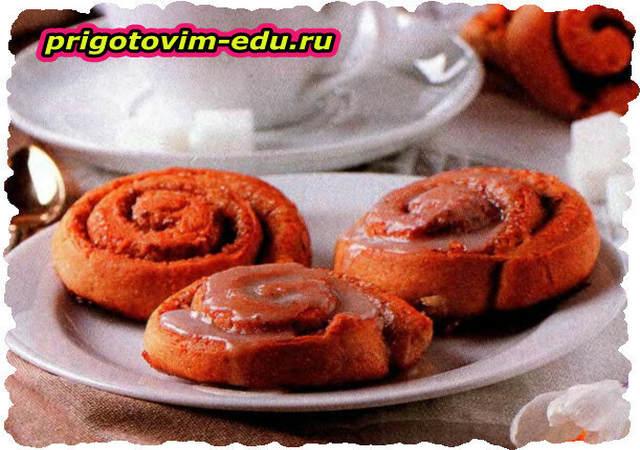 Творожные булочки завитушки с корицей