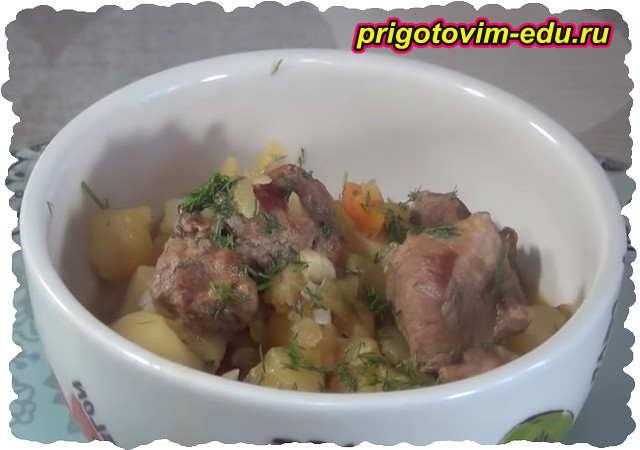 Жаркое с грибами, мясом и картошкой