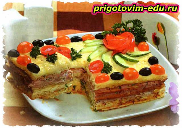 Закусочный слоёный торт с ветчиной