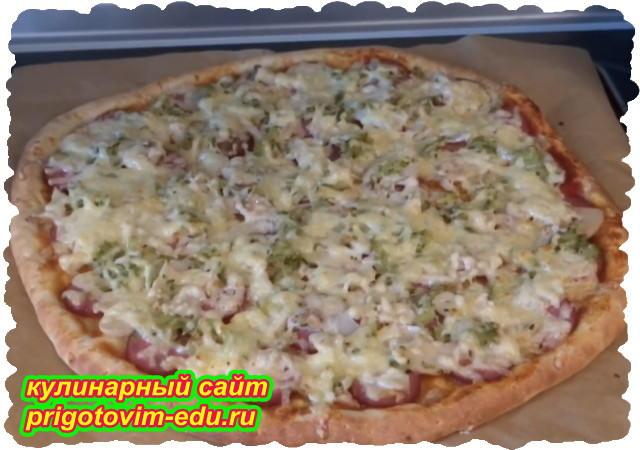 Быстрая пицца с колбасой и грибами