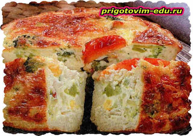 Пирог с сыром, овощами и рыбой
