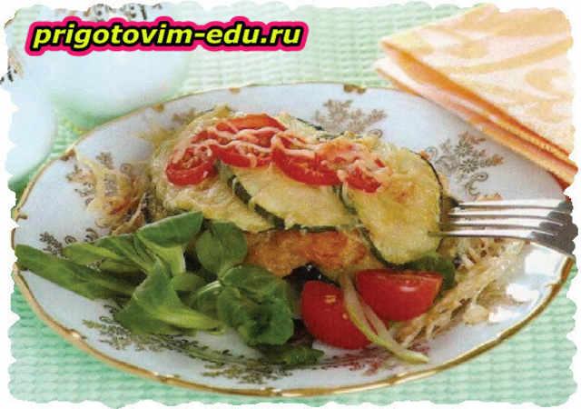 Рыба, запеченная с овощами и сыром