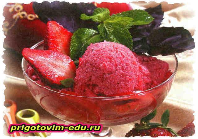 Томатно-клубничное мороженое