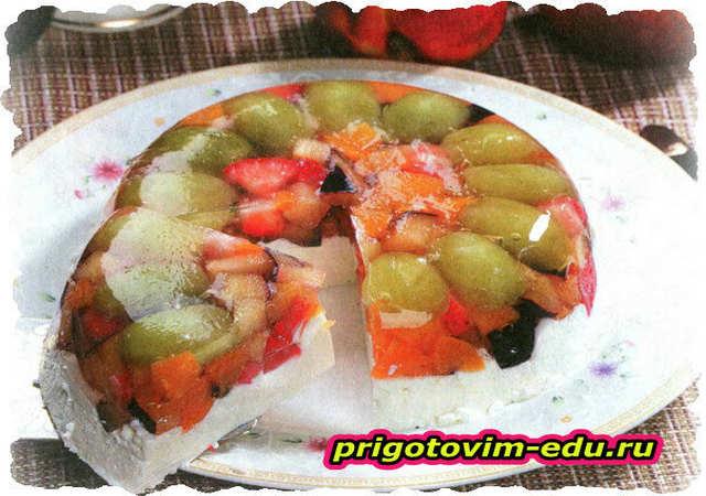 Желейный десерт с творогом и виноградом