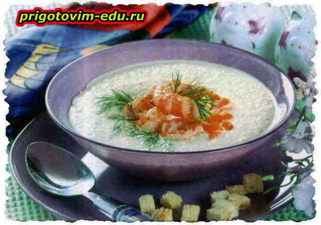 Суп-пюре с креветками и цветной капустой