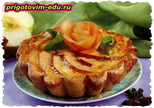 Яблочный-карамельный пирог