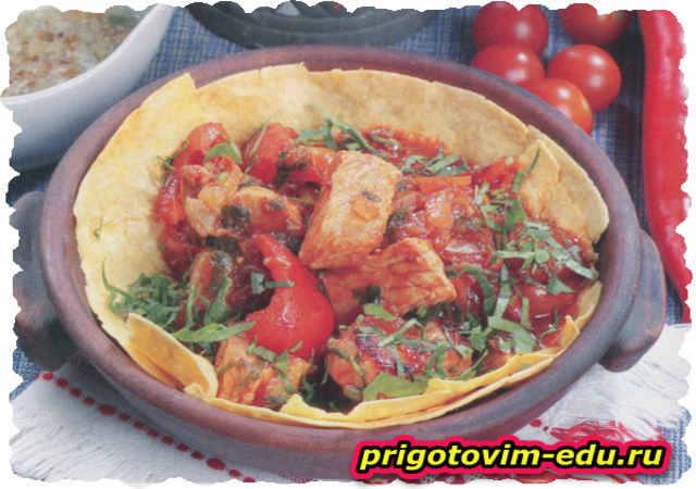 Грузинское мясное блюдо чашушули