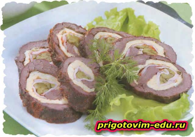Мясной рулет «Чешский» с яйцом