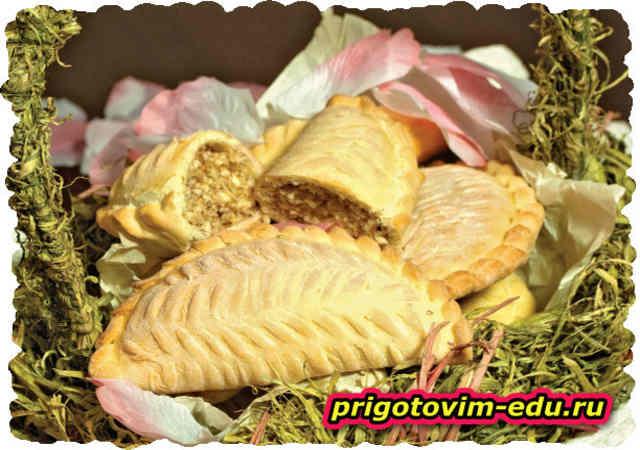 Шекербура (пирожки с орехами)