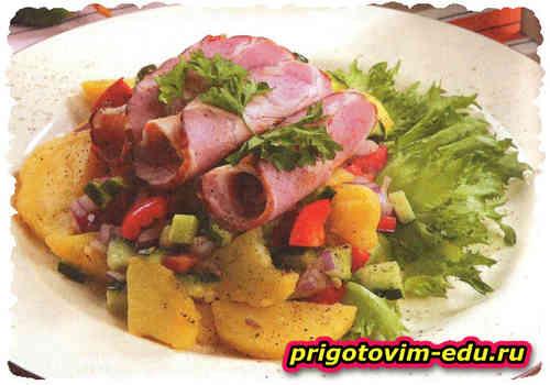 Салат с картошкой и копченой корейкой
