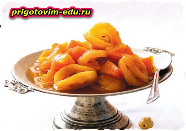 Тыквенное варенье с абрикосами и фундуком