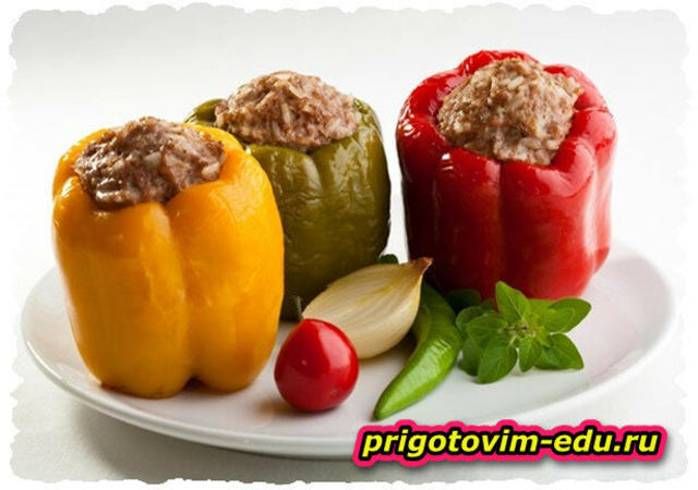 Болгарский перец фаршированный свининой и фасолью