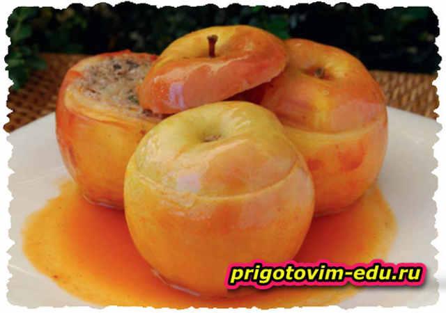 Толма аштаракская с яблоками