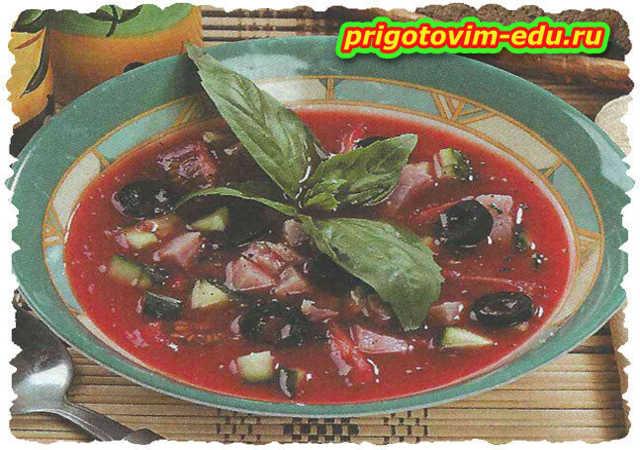 Окрошка на томатном соке с копчёным мясом