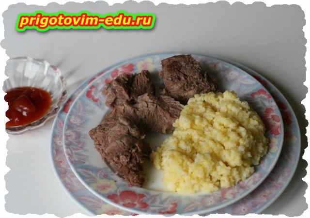 Тыал, мясо в банке по-армянски