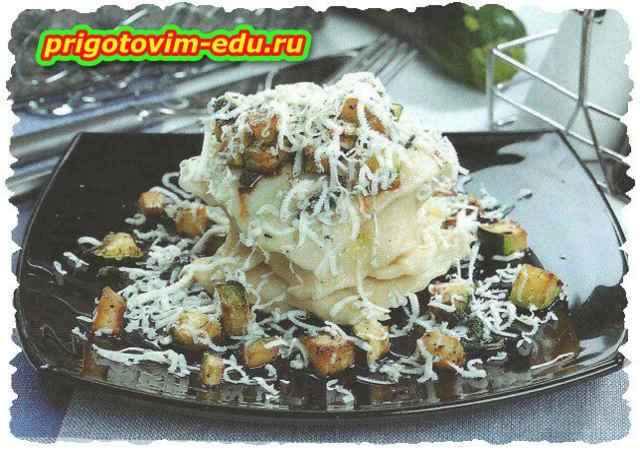 Пельмени с цуккини и сыром