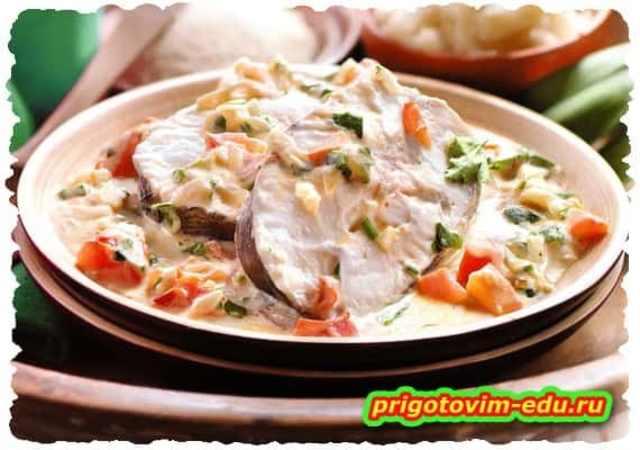 Рыба тушеная с овощами по-бразильски