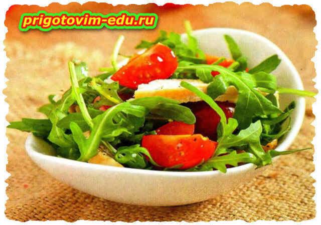 Салат из курицы с томатами черри