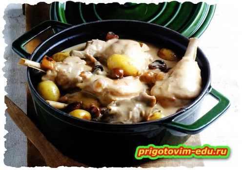 Кролик с картофелем и грибами