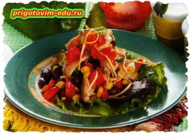 Салат со свининой и красной фасолью