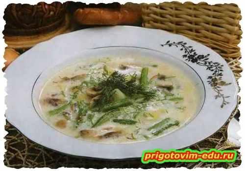 Суп с грибами и спаржей