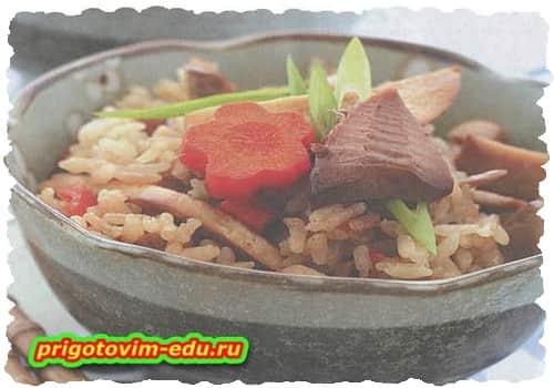 Рисовая каша с побегами бамбука