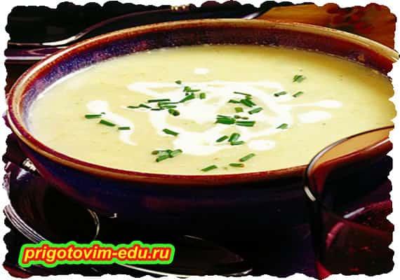Вегетарианский суп с сельдереем