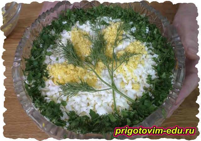 Салат Мимоза с запеченной скумбрией. Видео рецепт