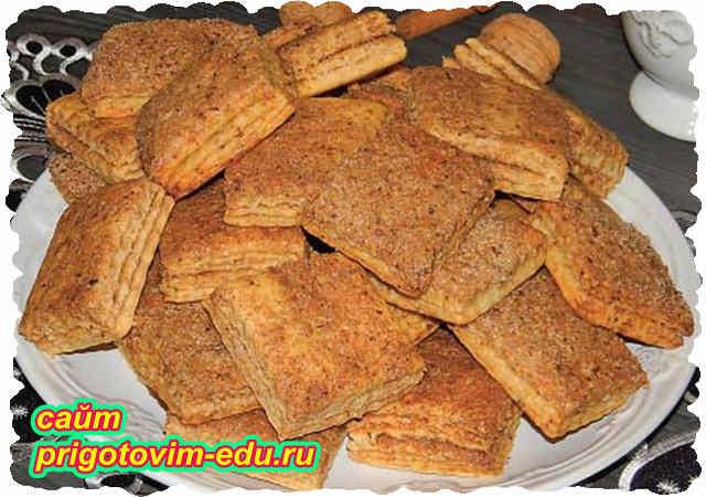 Слоеное печенье с грецкими орехами
