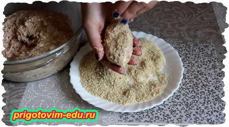 Как приготовить диетические куриные котлеты из куриного фарша с творогом