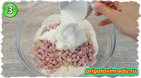 Как приготовить вкусные сырные булочки с ветчиной