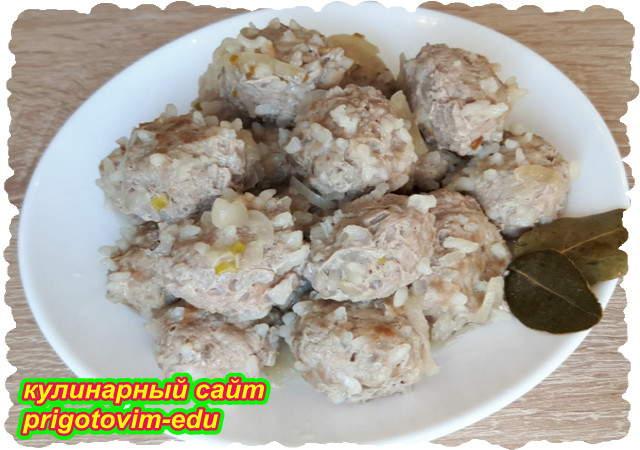Диетические тефтели из телятины с рисом