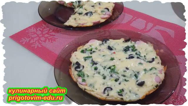 Пицца приготовленная на сковороде по быстрому