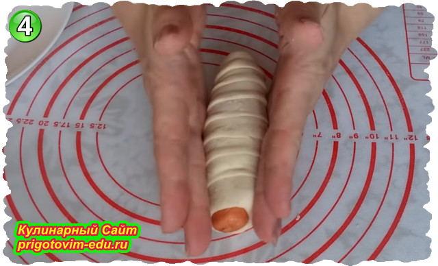 Как приготовить сосиску в тесте с картофелем и сыром