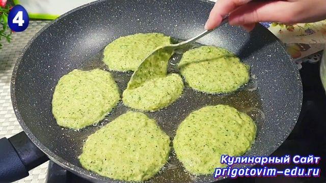 Как приготовить капустные котлеты из брокколи 4