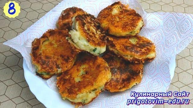 Рецепт котлет из вареного картофеля с сыром 8